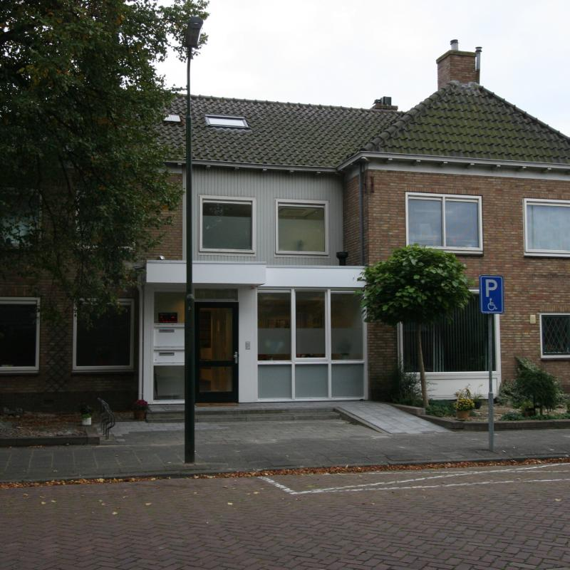 HARDINXVELD-GIESSENDAM - Hammers Huisartsenpraktijk